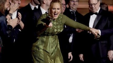adele-grammy-awards-535x300