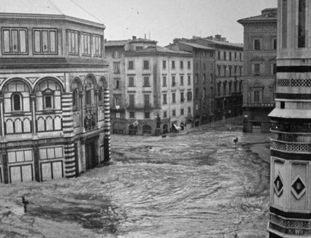 alluvione-Firenze.jpg